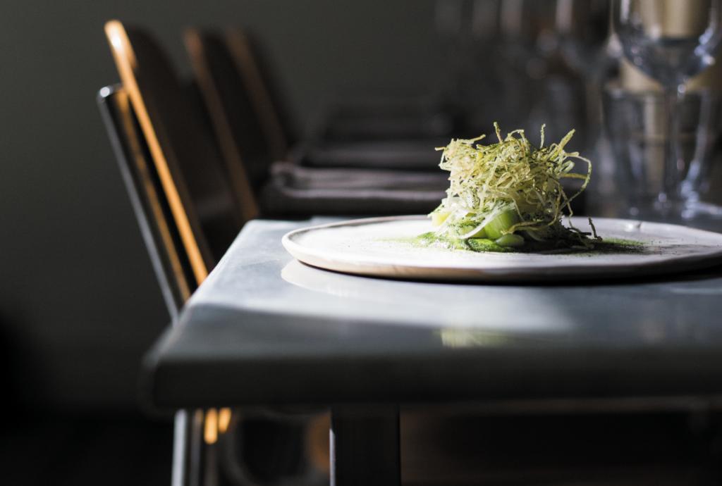 Best vegan restaurants London   Beautiful plate of food at Plates
